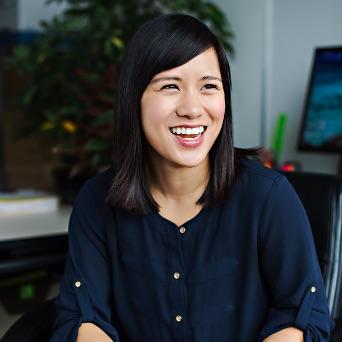 Jess Tang - Responsable des activités de rayonnement et partenariats Codirectrice du programme Shad U.C.-B.